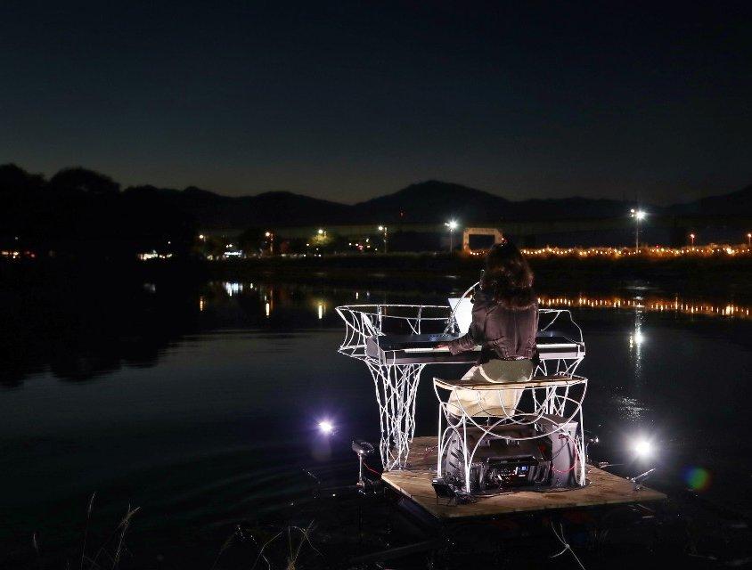 플로팅 피아노 Floating Piano( on the river)
