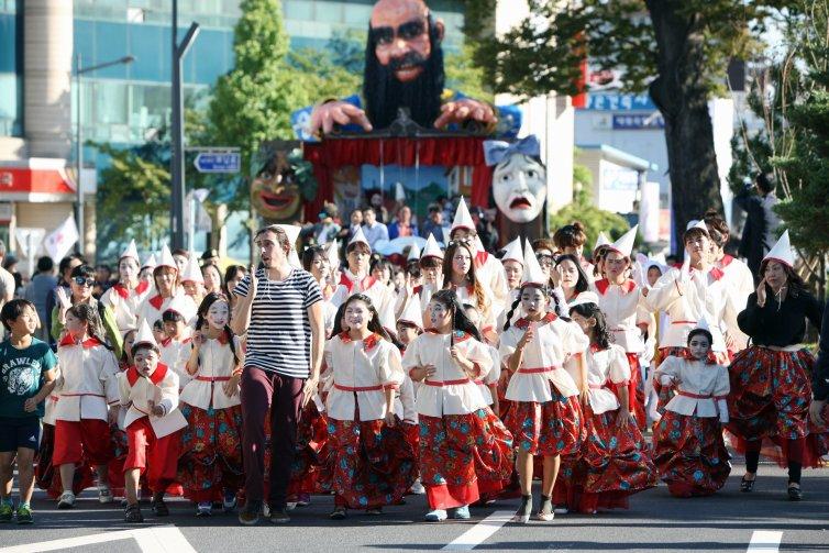 움직이는 거대인형 퍼레이드 축제 (까르네발레 가평2015)